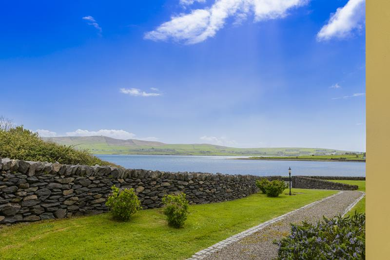 Water Edge Accommodation in Dingle